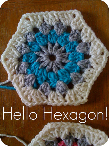 Crocheting Hexagons : Hexagon Crochet Tutorial Craft My Stitch Up