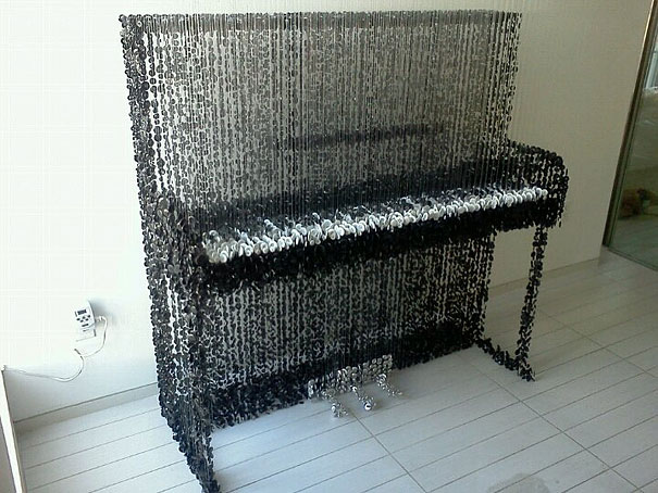 Augusto Esquivel piano sculpture